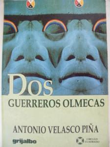 Portada Dos Guerreros Olmecas
